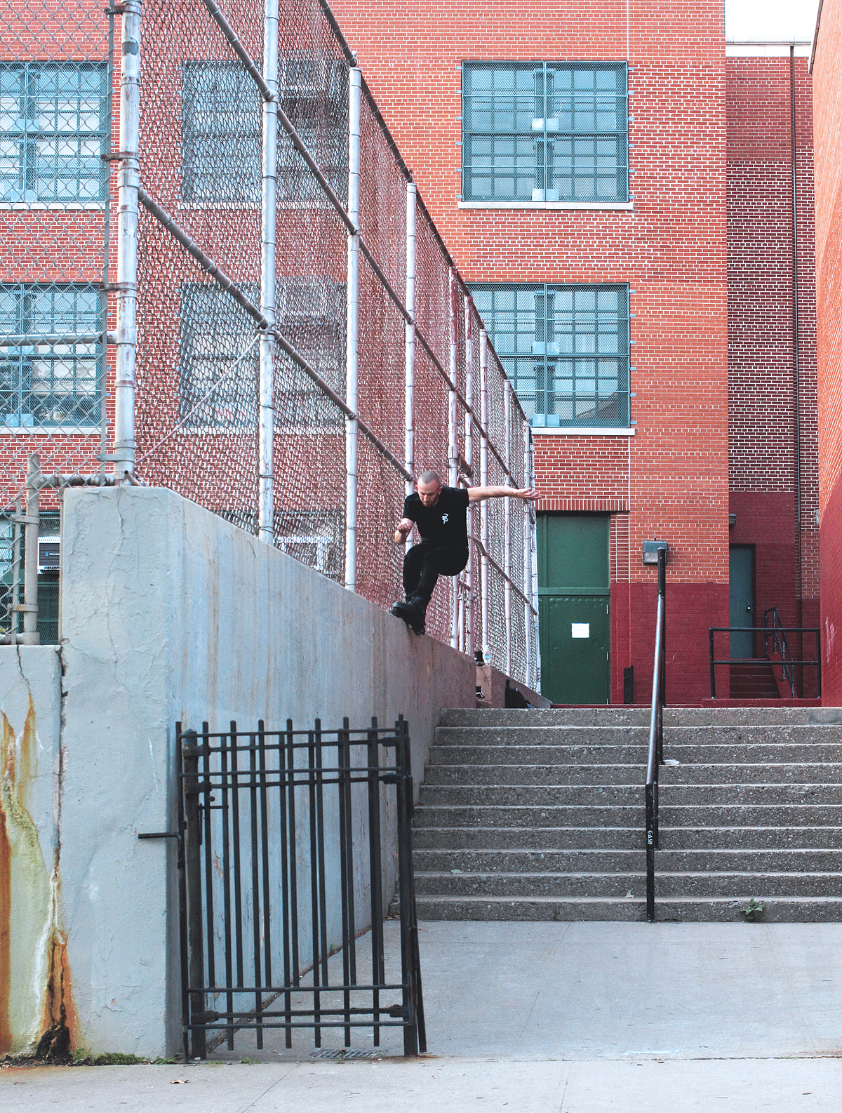 Inspin Soul Wallride Down To Fakie Photo - Craig Benabu