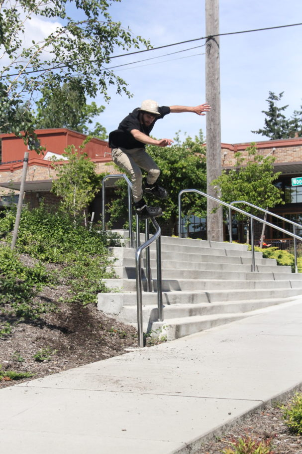 JOSIAH BLEE - FRONT TORQUE - PHOTOGRAPH BY SAM ASKEN