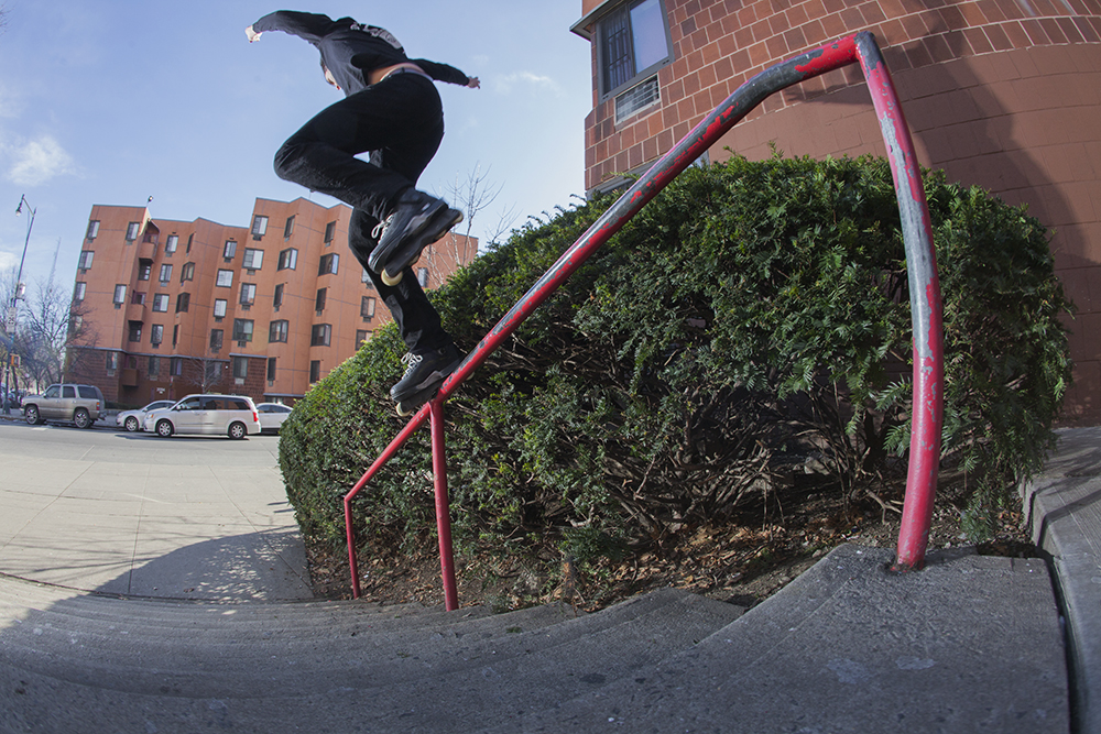 BACKSIDE FASTSLIDE - THE BRONX, NY - PHOTOGRAPH BY RYAN LOEWY FOR BE-MAG