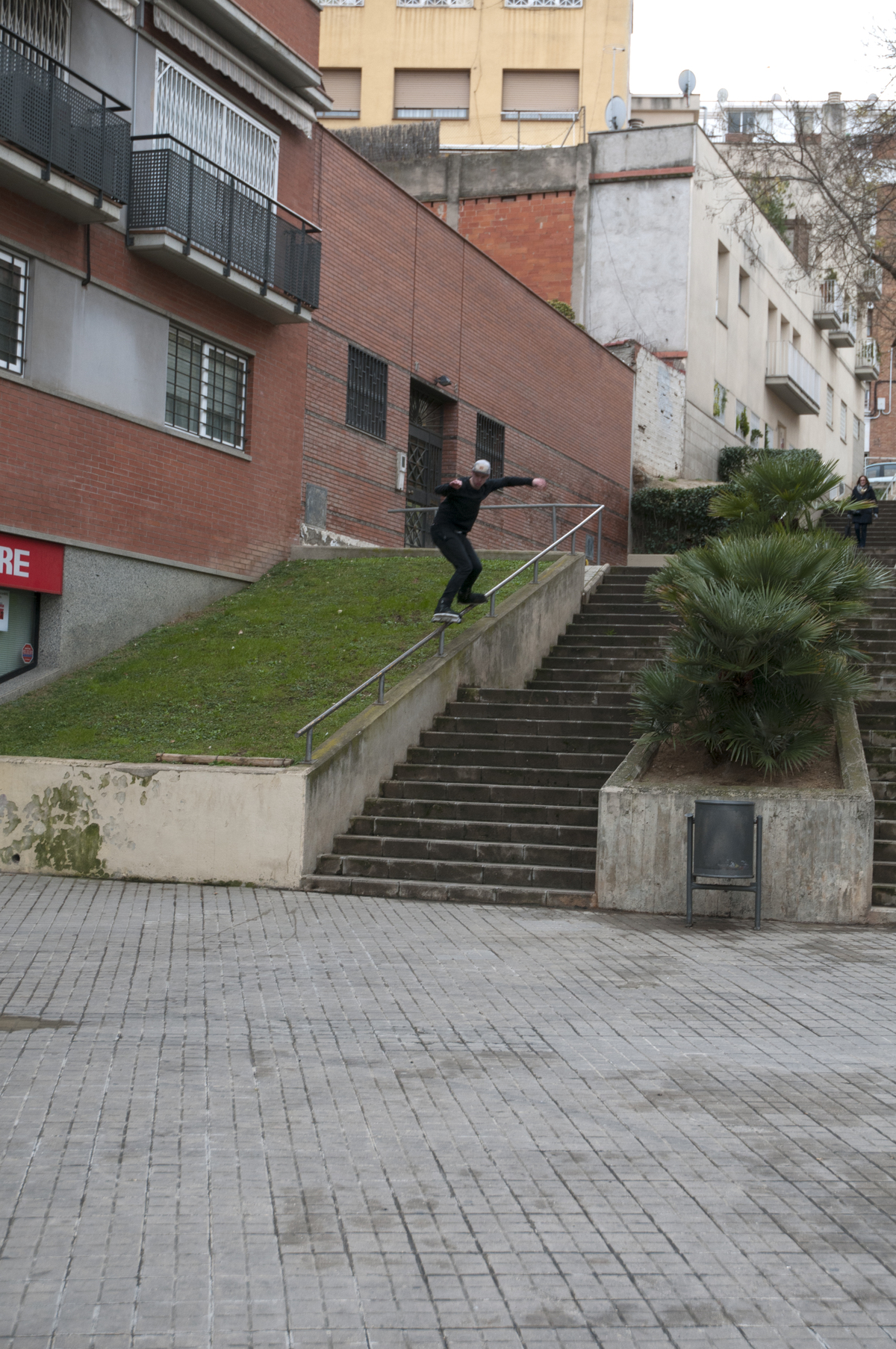Sem switch backside bcn